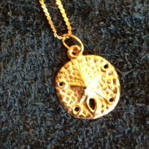 """Jewelry - 20"""" 14kt necklace with gold sand dollar charm"""